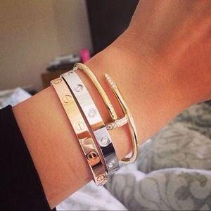 18k Gold 3 Screw Bracelet Set